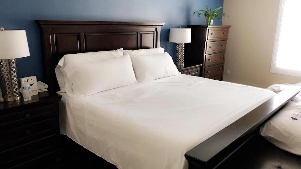 5 Best Cooling Bed Sheets To Keep You Comfy All Year Long Hip2save