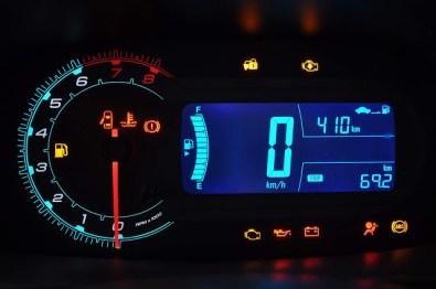 Novo-Chevrolet-Cobalt-1.8 (3)