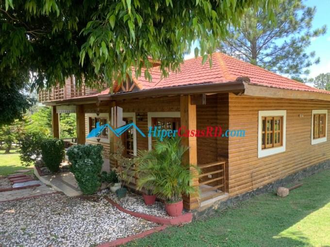 Villa con amplio terreno en jarabacoa