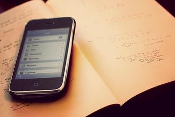 iphone-estudiantes.jpg