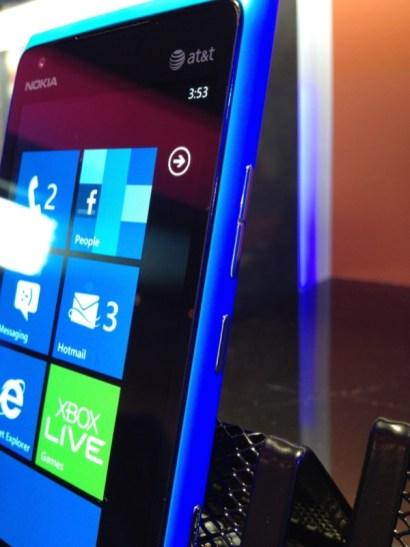 Lumia 900-2