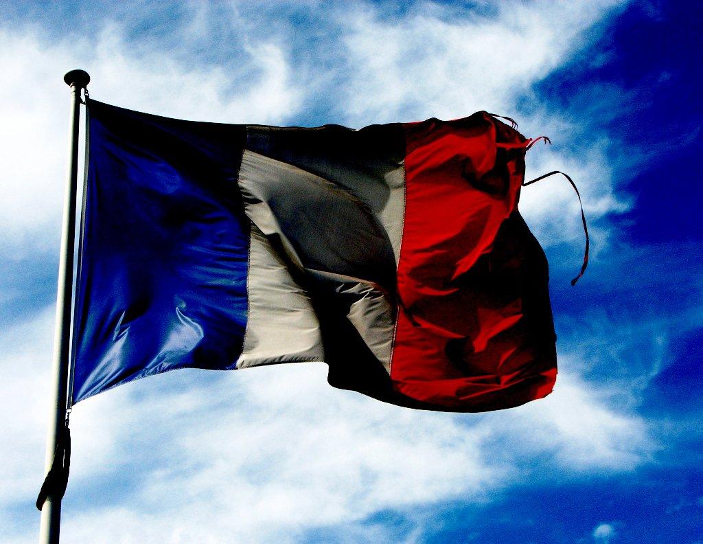 Francia propone un impuesto sobre publicidad en Internet