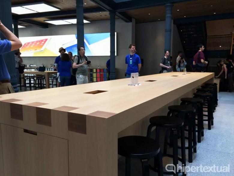 apple-store-genius-bar