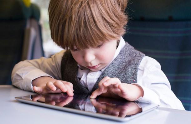 La posibilidad de limitar el acceso de los más pequeños a juegos y aplicaciones didácticas podría ser muy interesante.