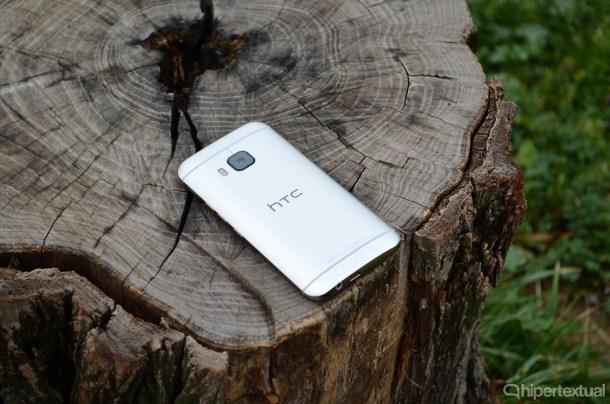 HTC-One-M9-09