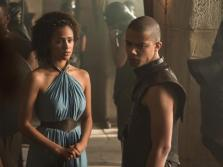 nathalie-emmanuel-as-missandei-and-jacob-anderson-as-grey-worm-_-photo-helen-sloan_hbo