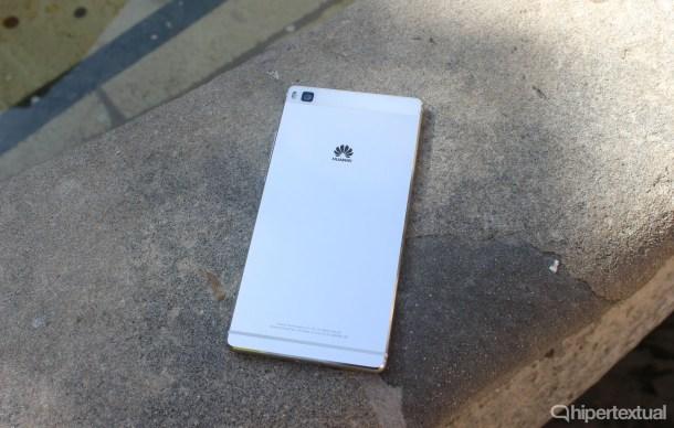 Huawei-P8-03
