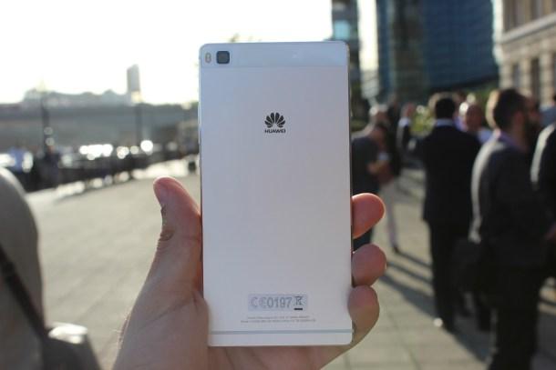 Huawei-P8-07