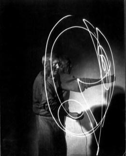 Picasso-light-9