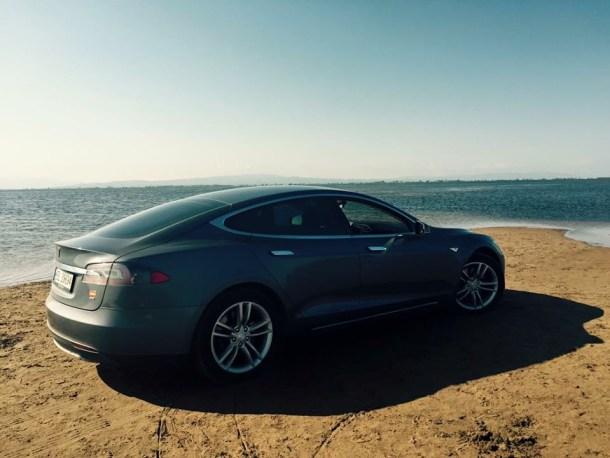 Tesla Hipertextual playa