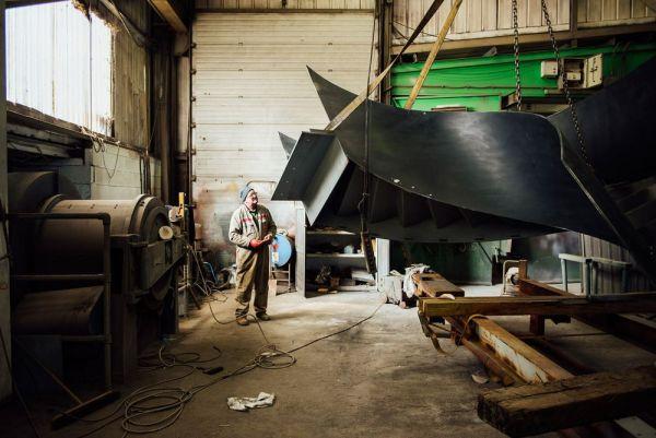 Un ingeniero haciendo una escalera elíptica en Littlehampton, Inglaterra. Will Scott