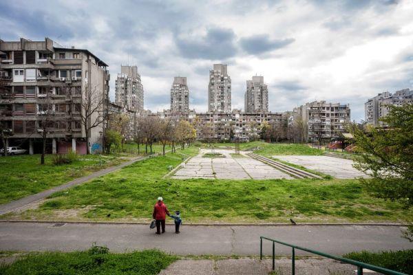 Bloque de edificios en Serbia. Inigo Bujedo Aguirre.