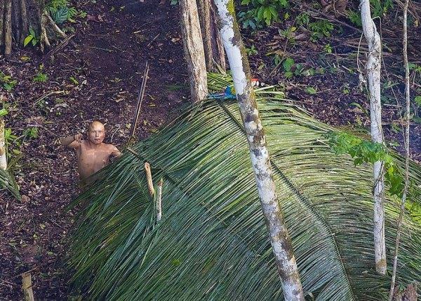 uncontacted-tribe-amazon-photography-ricardo-stuckert-9