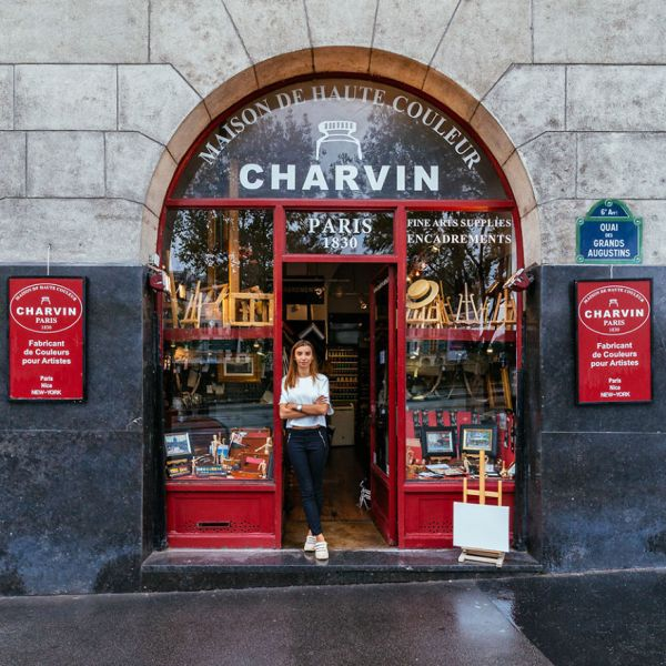 the-story-behind-these-iconic-parisian-storefronts-5809c949f26ac__880