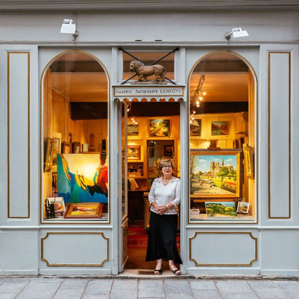 the-story-behind-these-iconic-parisian-storefronts-5809c95405e54__880