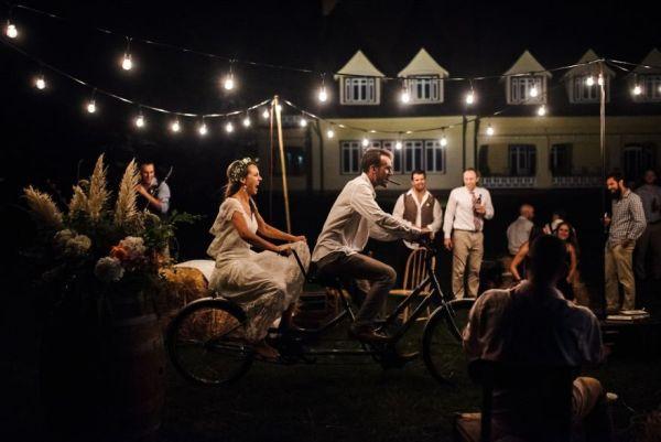 top-50-wedding-photos-of-2016-586cb23b8d6f0__880