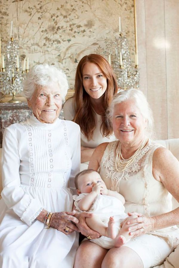 family-portrait-different-generations-in-one-photo-64-5863c03ed6156__605