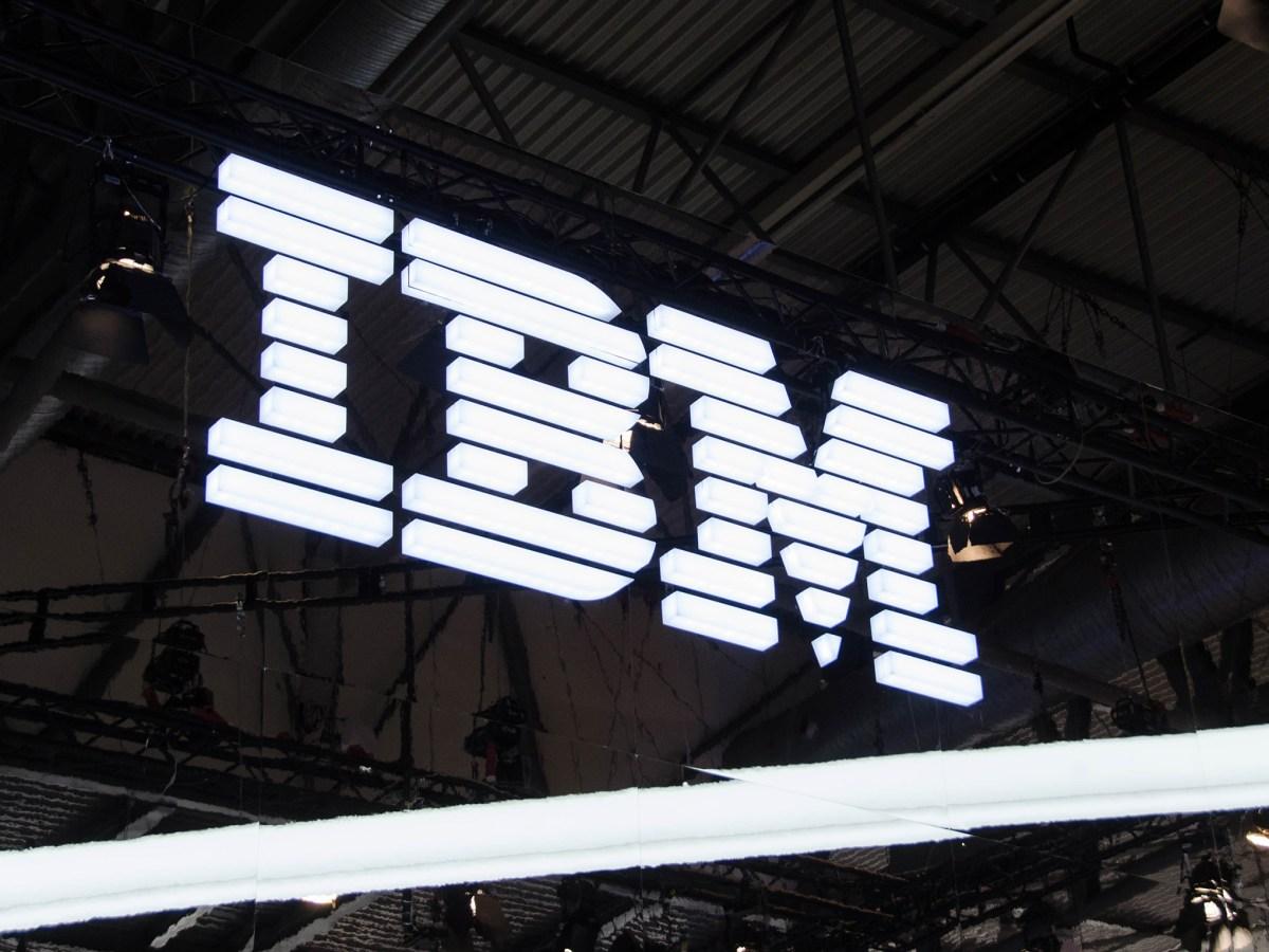 Logo de IBM en el MWC 2019