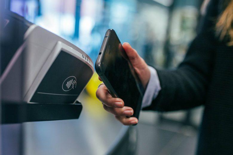 Apple Pay   NFC