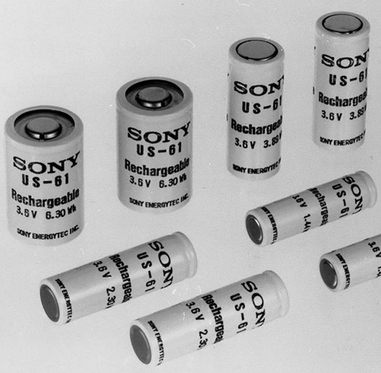 Primera batería comercial de ion de litio, de Sony