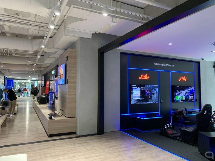Gaming Experience y televisores QLED en Samsung Valencia