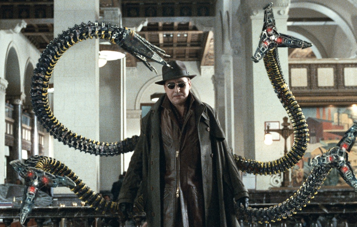 Alfred Molina - Doctor Octopus