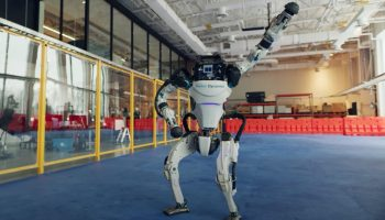 Robots de Boston Dynamics bailando