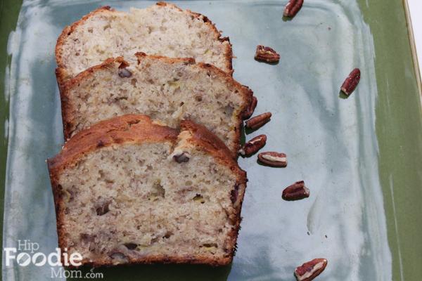 sliced banana bread