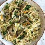 Linguine with Mushrooms and Clam Sauce!!! Who doesn't love seafood pasta?! And be sure to serve this with some toasted, grilled or crusty bread!