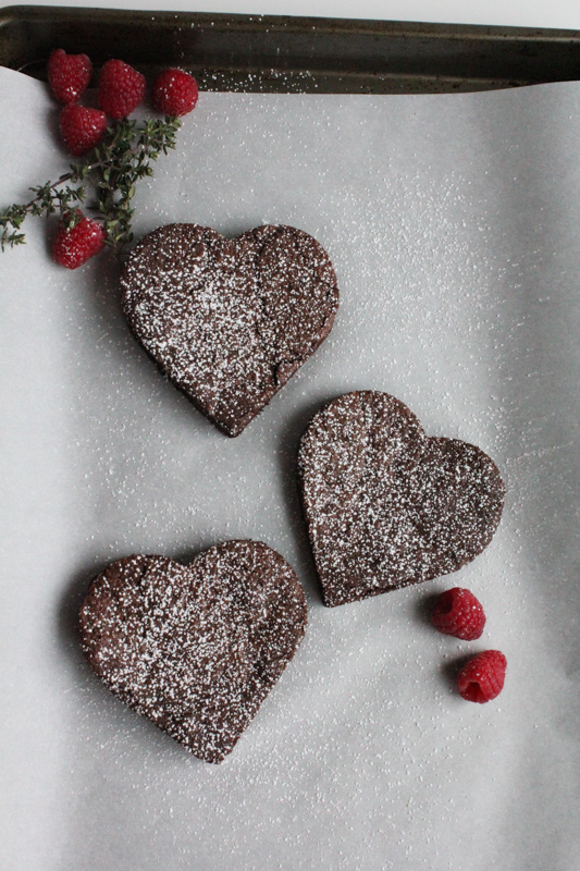 Flourless chocolate cakes for those you love on Valentine's Day! #valentinesday