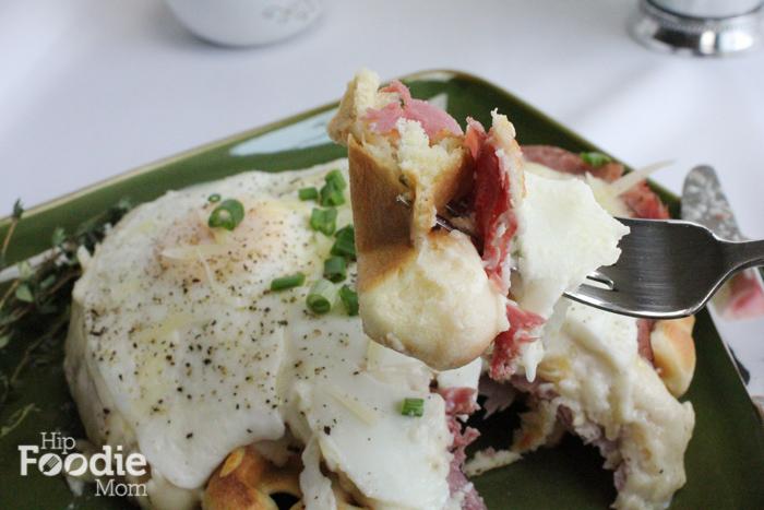 Croque_Madame_Waffle_bite_HipFoodieMom.com-22-2