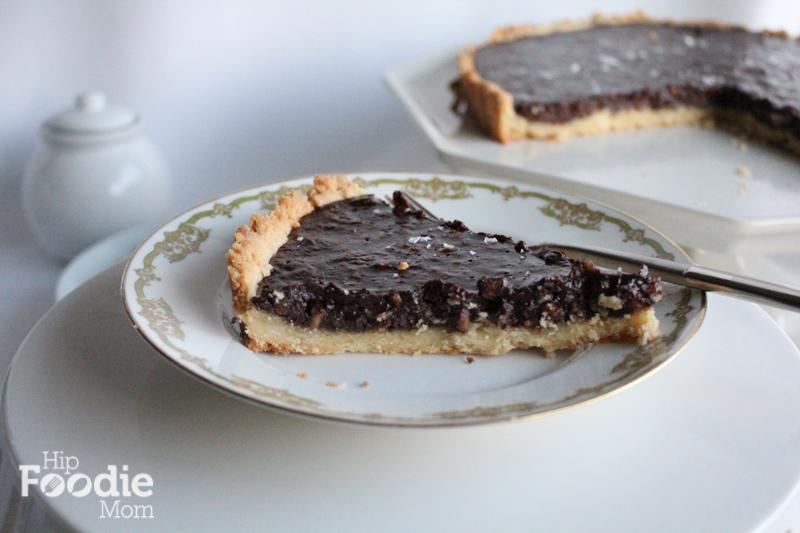 chocolate_tart_HipFoodieMom.com_slice_2