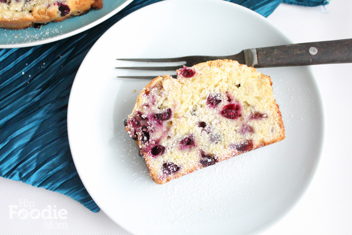 lemon blueberry bread | hip foodie mom_sliceupclose