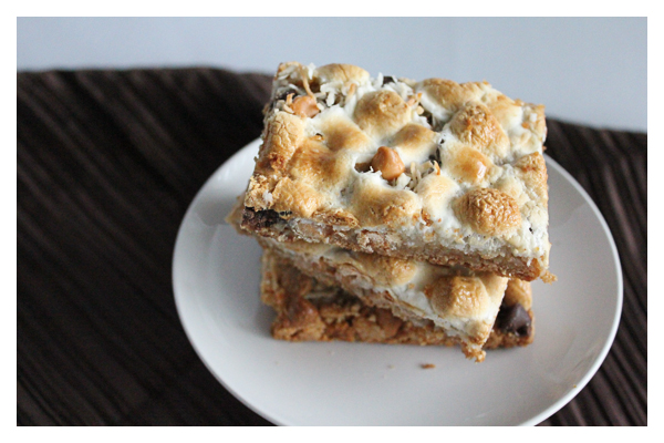 marshmallow bars | HipFoodieMom.com