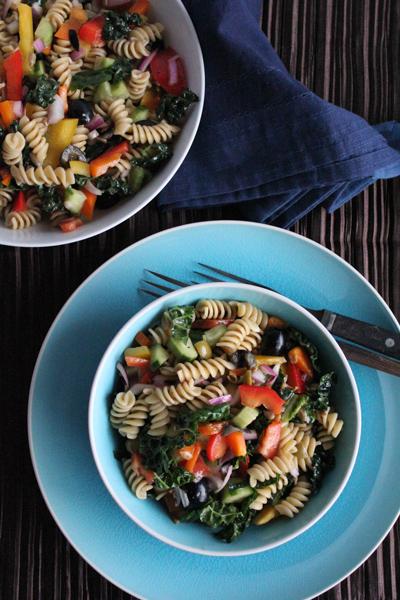 Pasta Salad with Kale | HipFoodieMom.com-3
