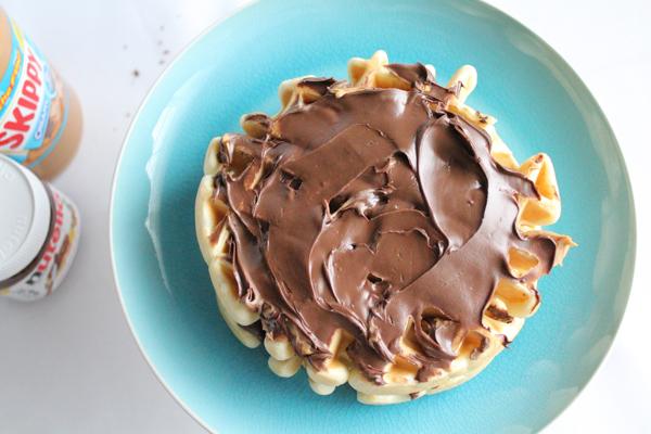Waffle Sundae before | HipFoodieMom.com
