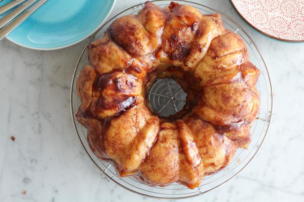 Cinnamon Peach Monkey Bread main   HipFoodieMom.com