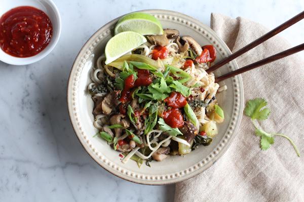 Spicy Asian Noodles | HipFoodieMom.com
