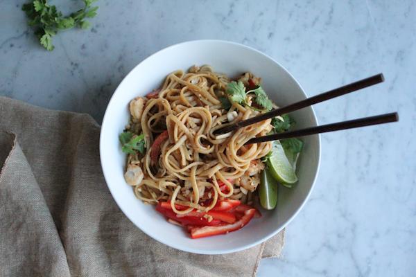 asian noodle pasta | HipFoodieMom.com_fg