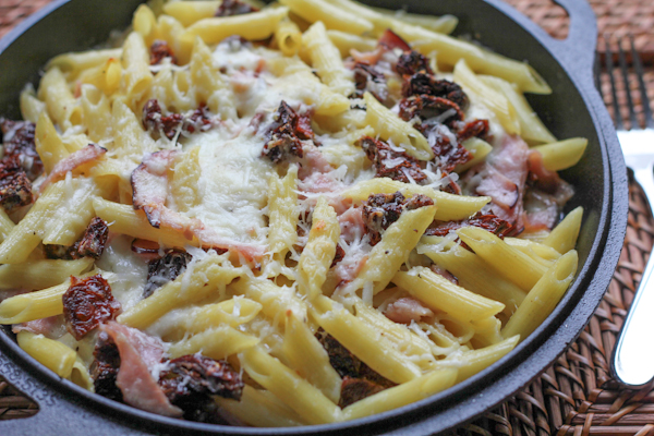 Penne with Goat Cheese and Sun Dried Tomatoes_4 | HipFoodieMom.com