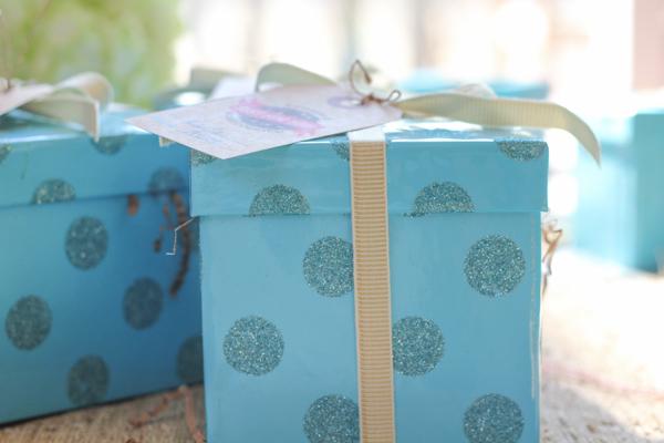 final cookies in box_FBCookieSwap2013 | HipFoodiemom.com