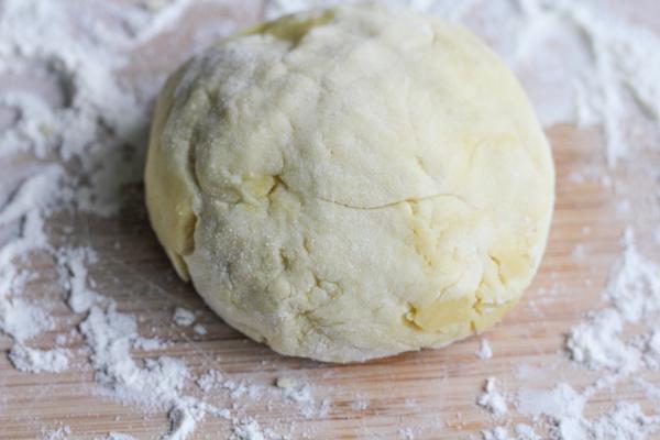 olive-oil-dough-HipFoodieMom.com_