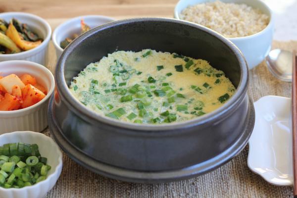 Korean Steamed Eggs_main | HipFoodieMom.com