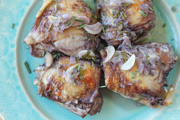 Rosemary Garlic Chicken Thighs_onplate