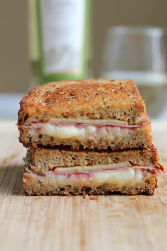 Apple Prosciutto and Gruyere Grilled Cheese on cuting board_vert | HipFoodieMom.com
