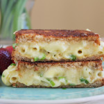 Macaroni and Cheese Grilled Cheese + A Giveaway!
