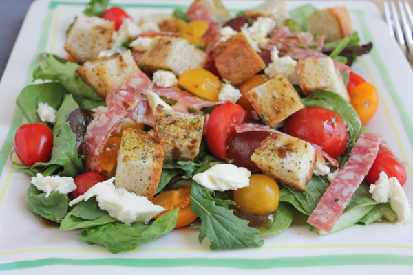Hip Foodie Mom | Panzanella Salad with Salami