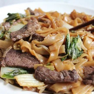 beef chow fun on plate