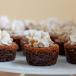 Mini Pumpkin Pie Gingersnap Cookie Cups