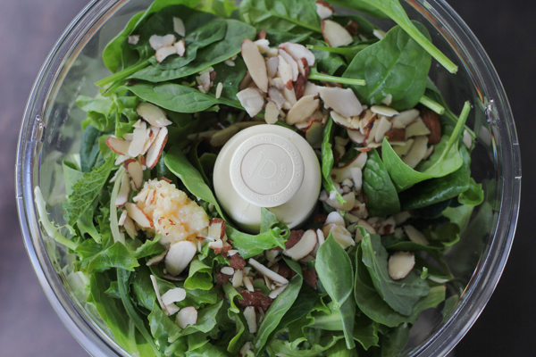 Spinach Pesto with almond flour pasta. Gluten free, grain free and delicious!! #glutenfree #grainfree #pesto